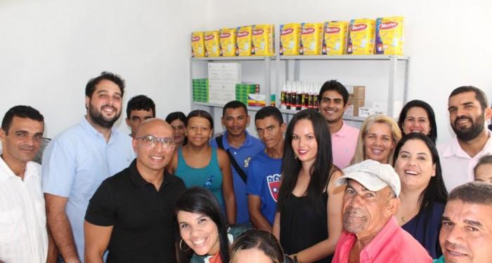 Saúde implanta novos serviços e entrega mais uma farmácia básica à comunidade