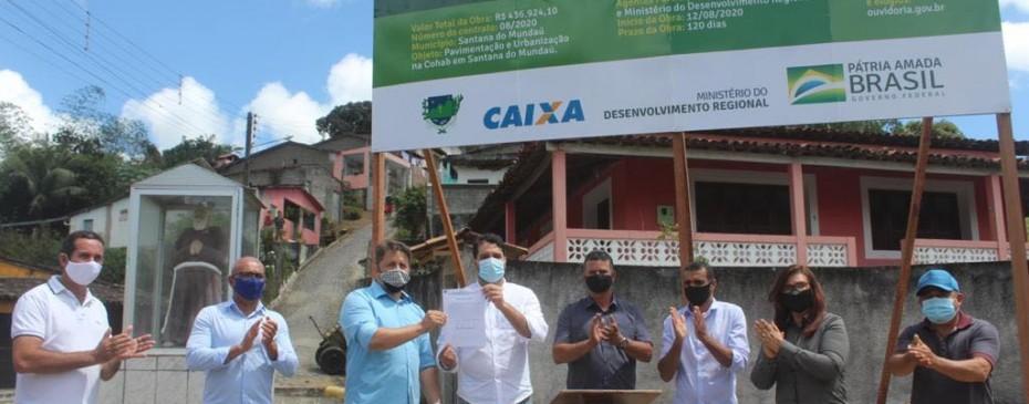 Prefeito assina ordem de serviço para urbanização e pavimentação da Cohab e inaugura Unidade de Apoio à Saúde em Comunidade Quilombola