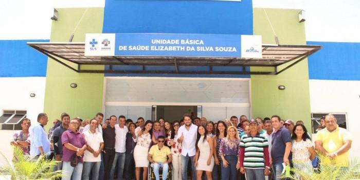 Prefeito Arthur Freitas entrega novo veículo e UBS para fortalecer Saúde Municipal