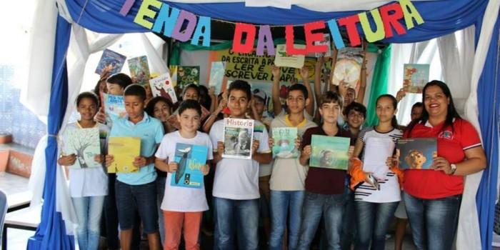 Projeto incentiva alunos a criar hábitos de leitura