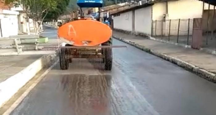 Prefeitura reforça protocolo de limpeza de vias públicas