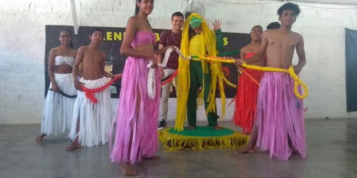 Usuários da Assistência Social celebram Dia do Folclore