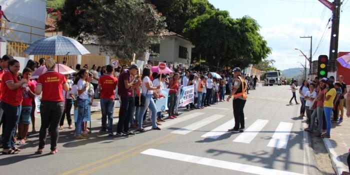 Estudantes participam de projeto de Educação no Trânsito