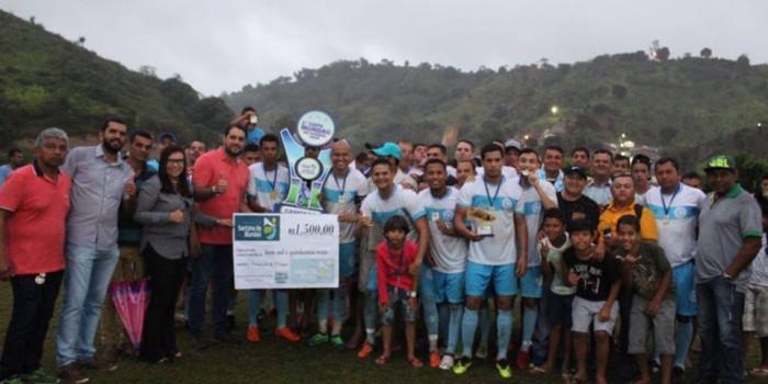 Prefeito Arthur Freitas prestigia grande final da 1ª Copa de Futebol de Campo