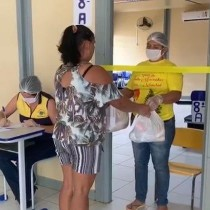 Entrega de kits da merenda escolar atendeu 2.755 alunos da rede municipal