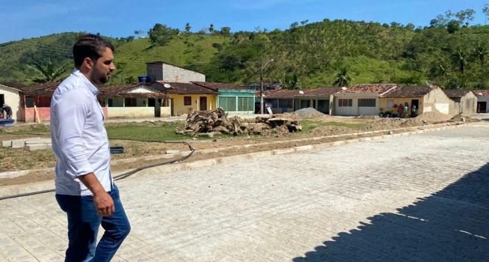 Prefeito Arthur Freitas acompanha andamento do Minha Cidade Linda