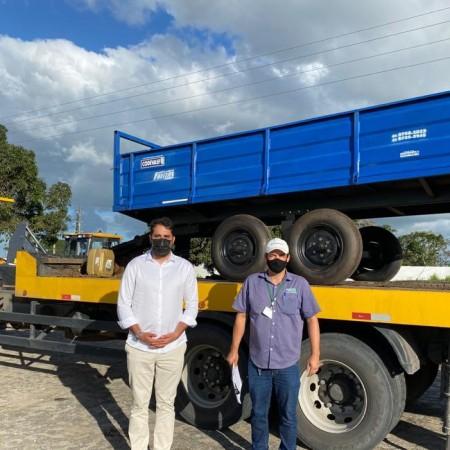 Município recebe novos equipamentos agrícolas da Codevasf