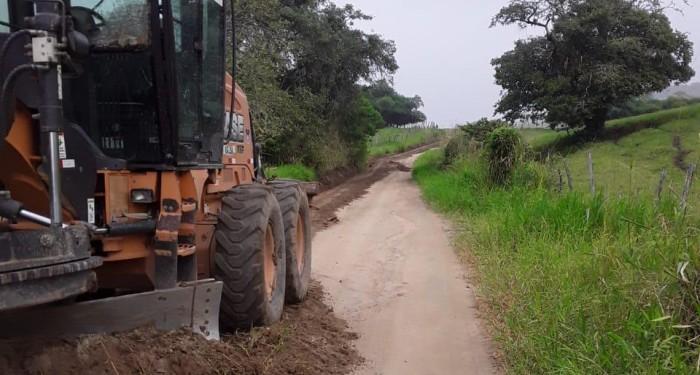 Prefeitura realiza melhorias na estrada de acesso à Munguba